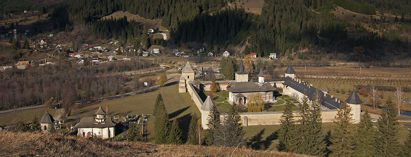 Ținutul mănăstirilor